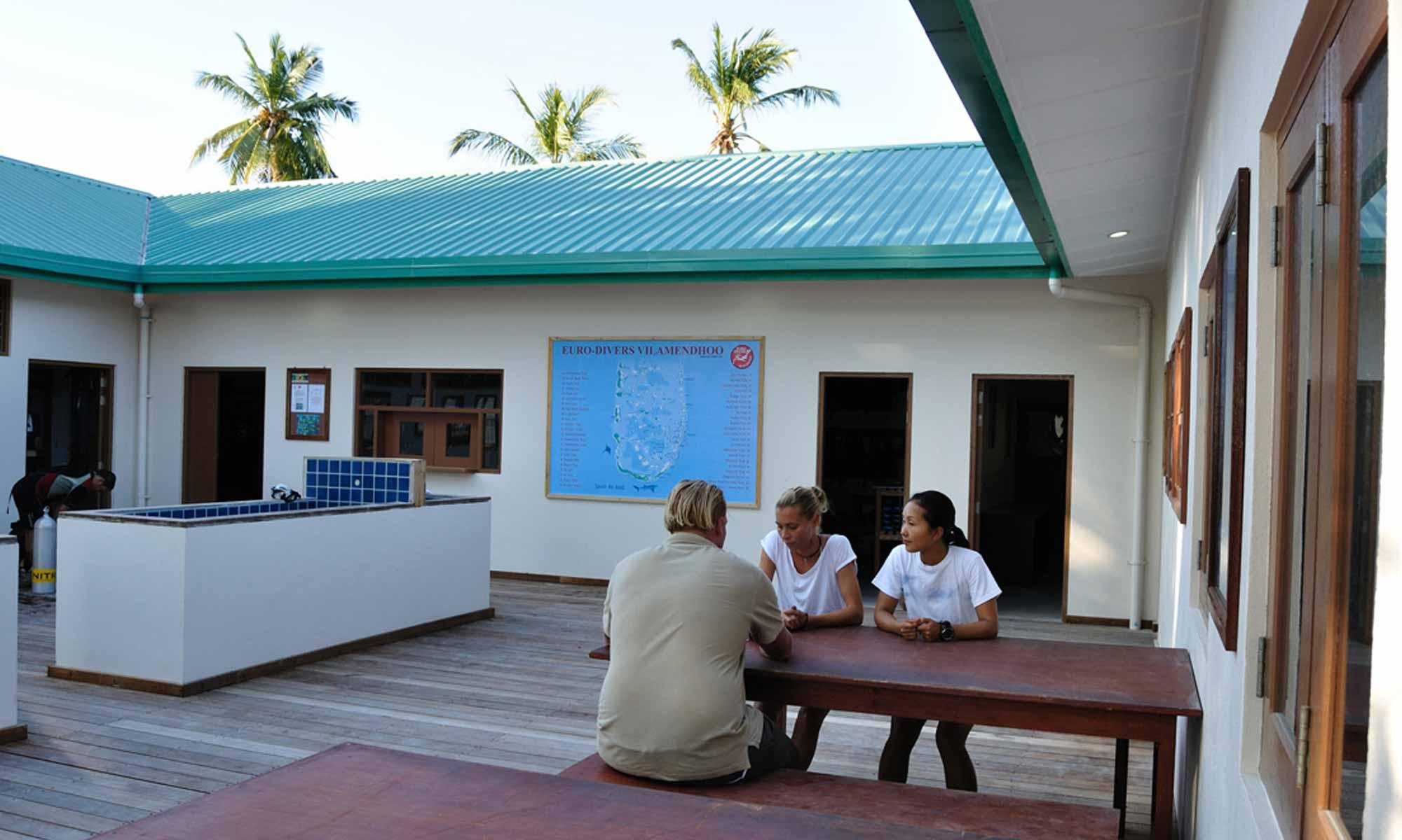 Slow Dive Indischer Ozean Malediven Euro Divers Vilamendhoo
