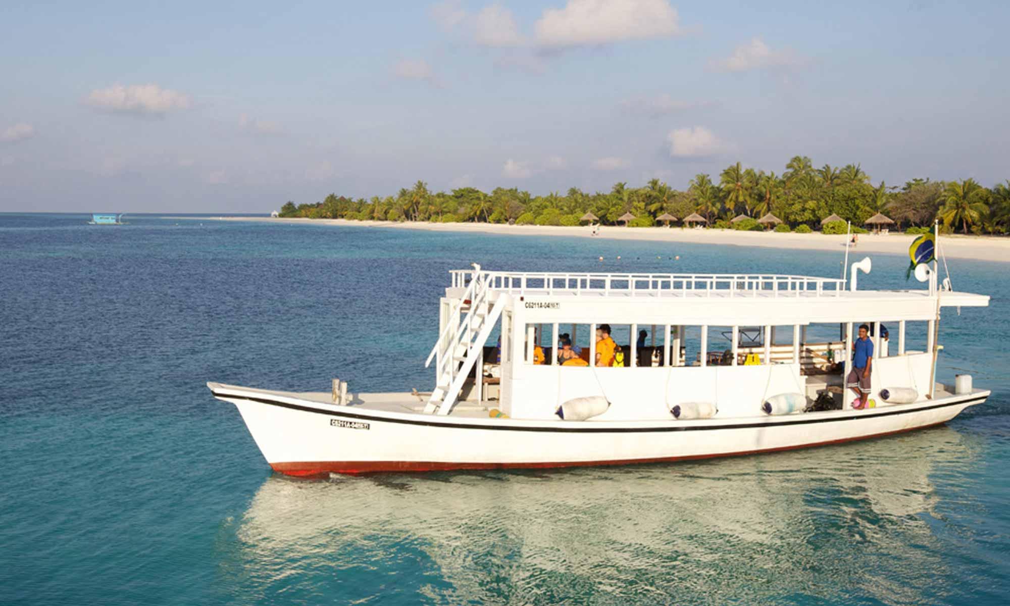Slow Dive Indischer Ozean Malediven Pro Divers Kuredu Bootsausfahrt
