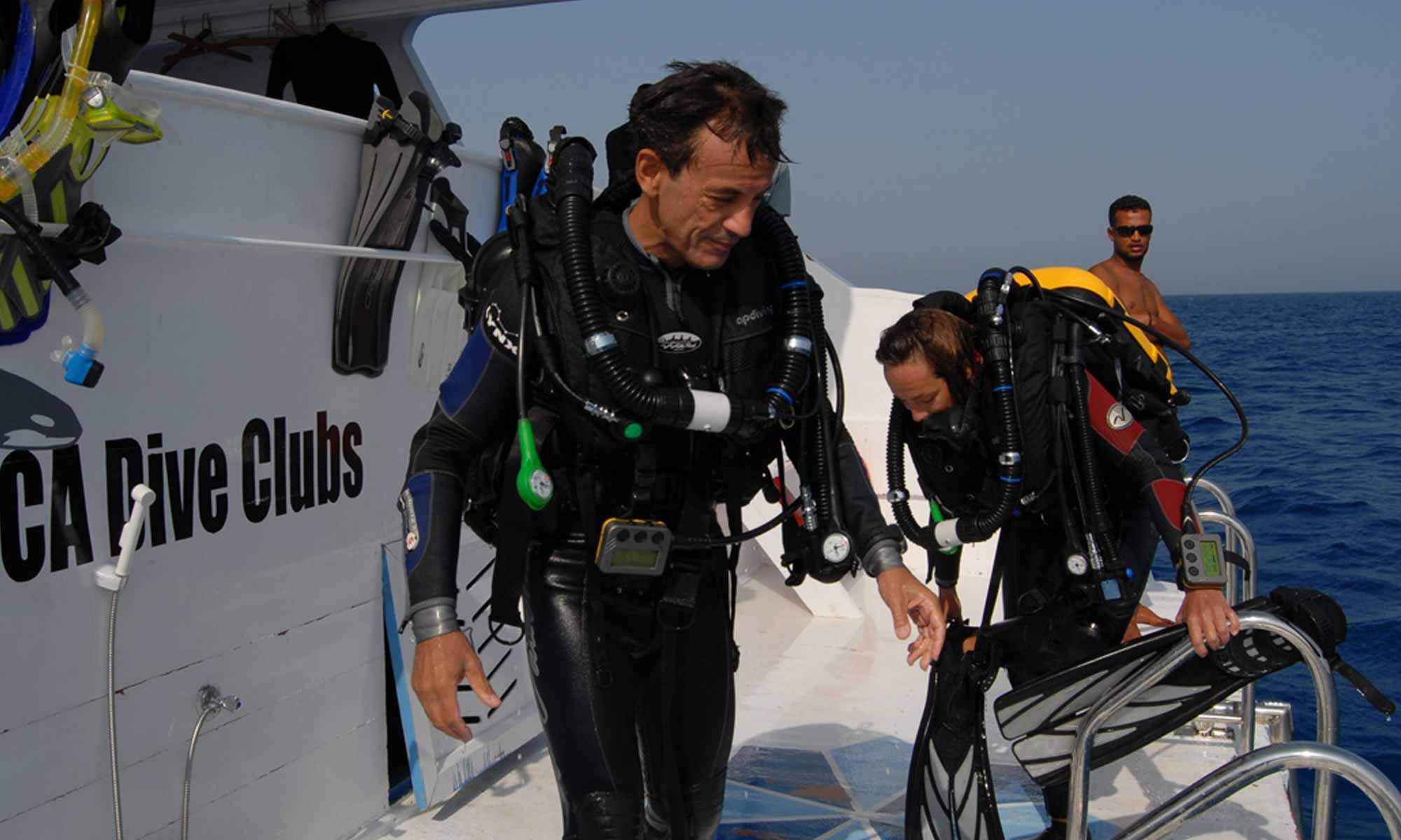 Slow Dive Rotes Meer Ägypten Orca Dive Club El Gouna Boot