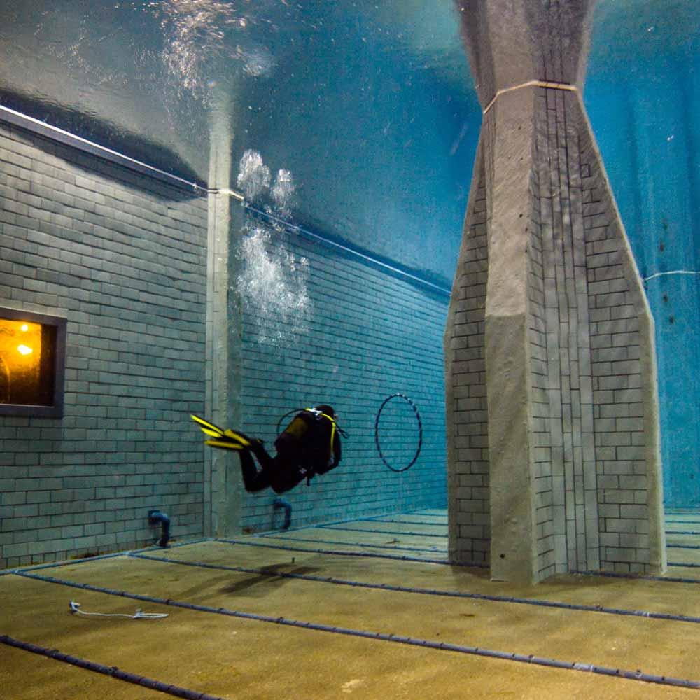 Slow Dive Tauchen lernen Divers Indoor