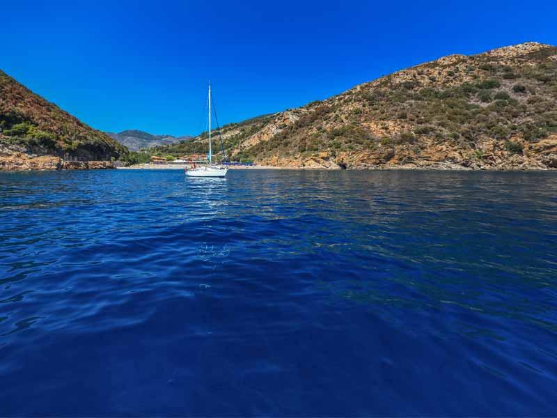 Slow Dive Angebote Italien Elba Mittelmeer Bucht